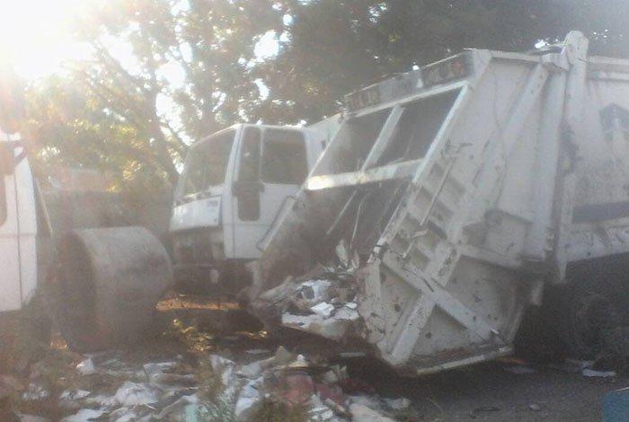 """Palavecino posee un """"cementerio"""" de 11 compactadoras recolectoras de basura"""