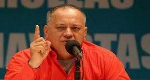Diosdado Cabello Apuntando