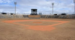 ESTADIO ,Guayana,14/02/19 Estadio de Beisbol mayor La Ceiba muestra como se ha ido deteriorando en sus tribunas y parte de sus infraestructura. delicuencia hurta parte de sus butacas JESUS ABINAZAR,Editorial de Primicias c.a